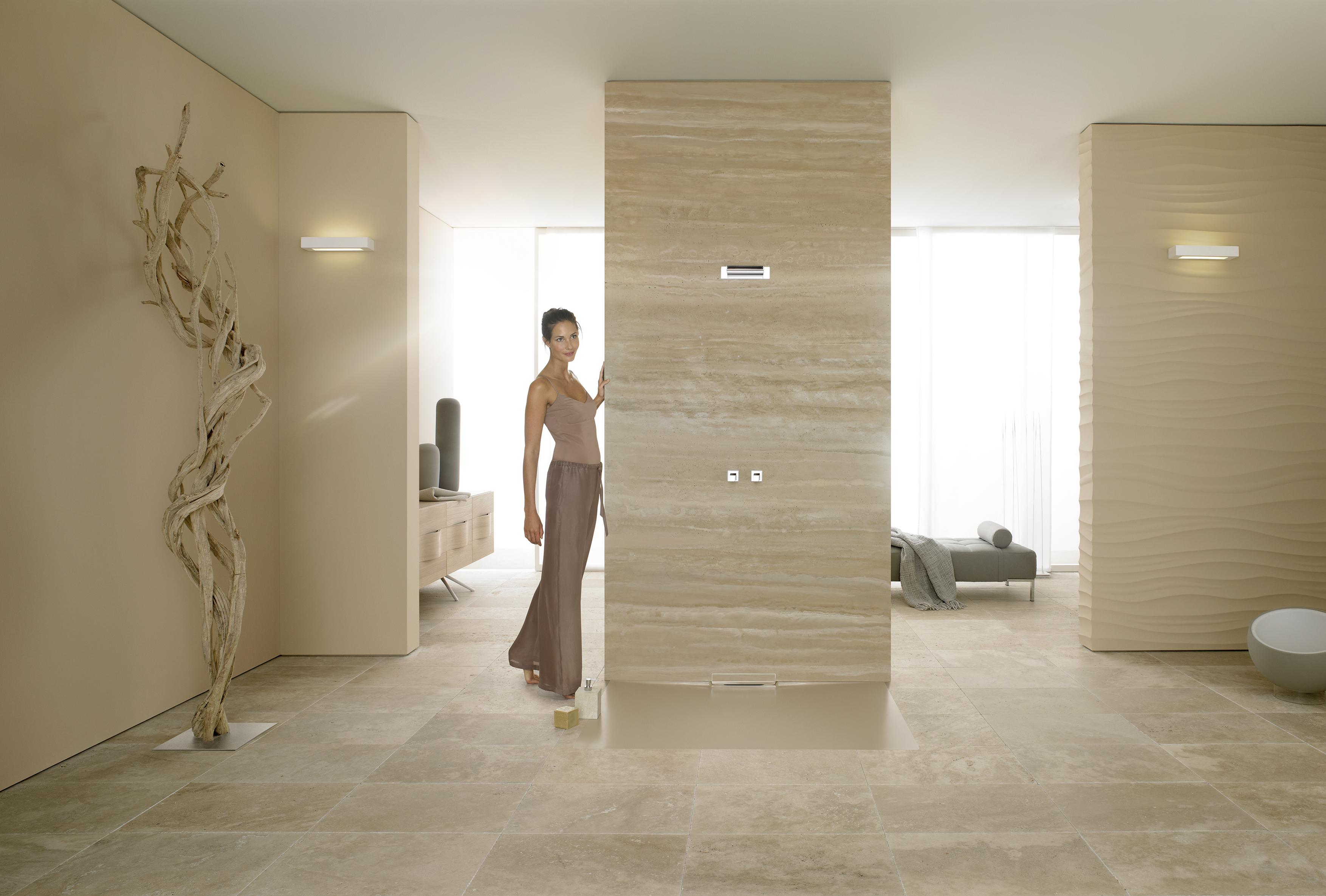 Kaldewei le docce a livello del pavimento sono - Piatto doccia incassato nel pavimento ...
